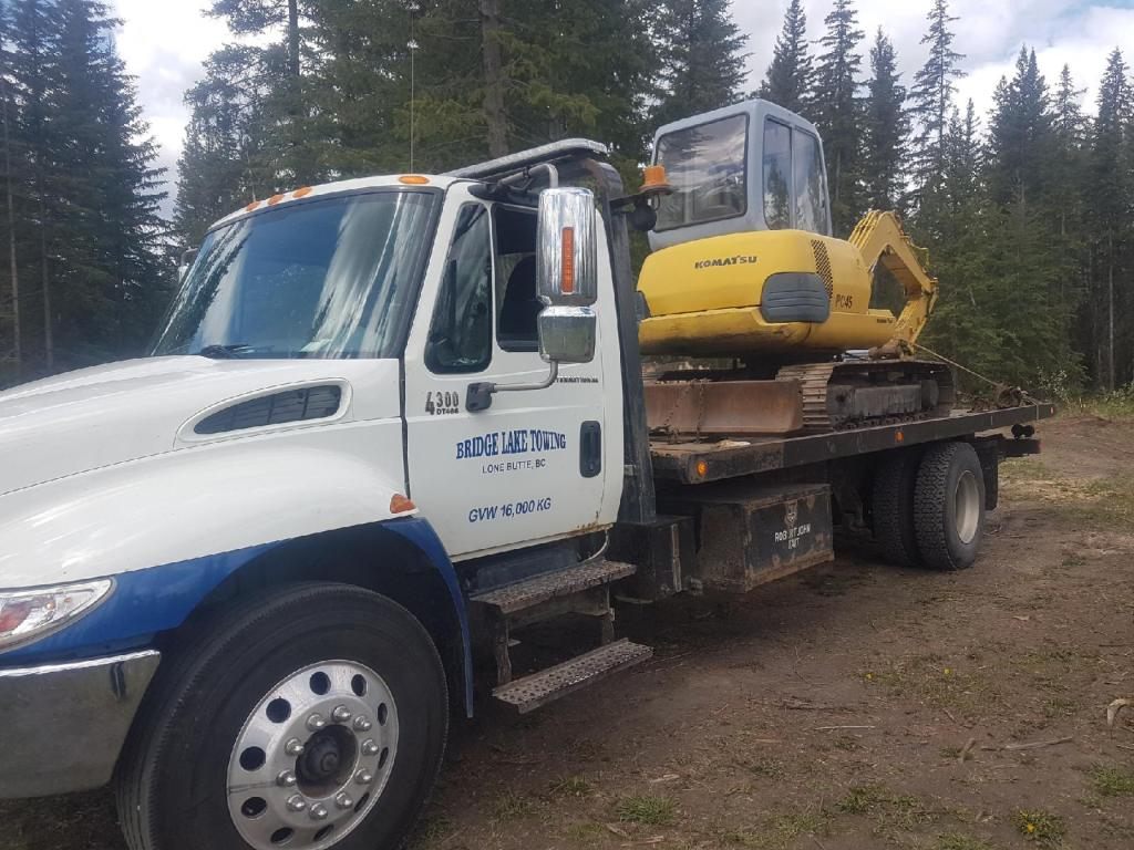 excavator_haul_on_flatbed